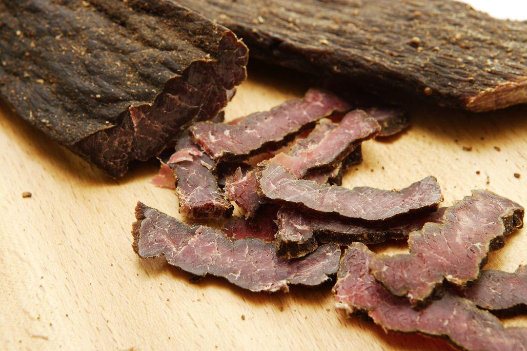 Biltong vs. Jerky: Die Trockenfleisch-Arten einfach erklärt